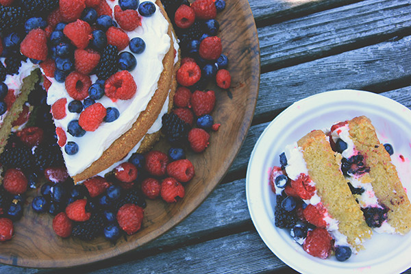 Polenta layer cake with fruit and créme fraîche whipped cream ...