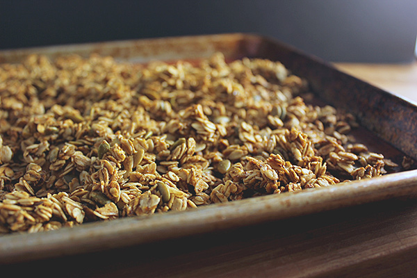 pumpkin-pie-granola-1